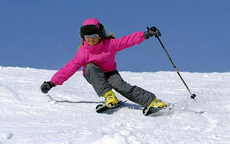girl-skiing_1124153c.jpg